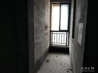 站前区璞玉天成纯毛坯3室,总价只售88万,看房方便有钥匙,