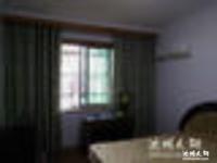 11中,城关小学本部旁台州大市场1室1厅住宅性质房。