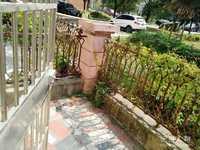 汇景国际花园1-2层叠苑四室两厅两卫精装,房东诚心出售,进十中和城关分校。