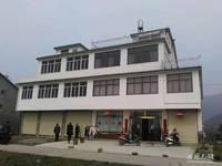 出售九华山脚下茶溪小镇旁9室3厅3卫420平米130万住宅
