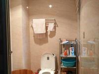 皖江花园 三室二厅 精装修 电梯高层 107.62平米 仅售75万 单价6900