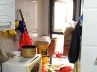 香格里拉精装小三房急售,拎包即住,户型好,价格便宜!高档小区!