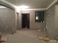 小罗出售绿洲桂花城三室二厅电梯房,纯毛坯户型好,环境优美