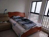 滨江丽景精装两房急售,户型好,价格便宜,拎包即住!中间楼层!