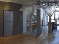 出售绿洲桂花城4室2厅2卫211平米220万住宅
