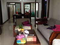 小罗出售科苑新村三室二厅精装修,户型方正,中间楼层采光好