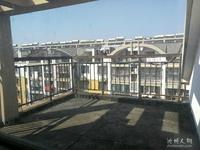 凯旋公馆边百合蓝江苑5室以上复式毛坯,送前后双平台,视野开阔,空中别墅。