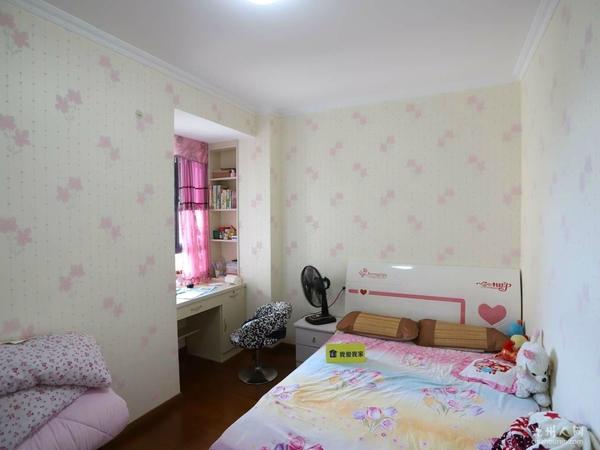 平湖观邸边户 全封闭式小区 精装三房 好户型 好楼层 采光佳 房东诚心出售