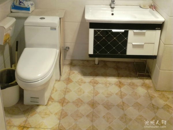 南门香港城中装公寓性价比高,可办公可住家,看房方便