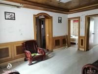 牌坊街三室二厅,精装三楼 南北通透 双优学 房