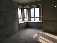 香格里拉毛坯三房,好楼层,采光通透,有钥匙可以随时看房。