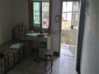 繁华地段小3房 总价低 一楼带院子 另赠送约8平米的储藏室