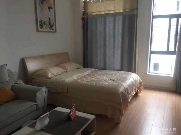 急售!南门中心地段 香港城 精装电梯公寓 50平35万 单价7000