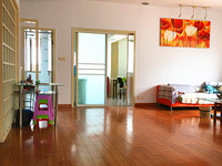 实小本部、十一中市中心兴佳小区四室两厅精装修房出售