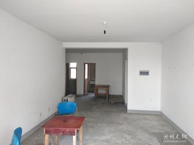 南湖苑大面积三室两厅,房东急售 ,超低价,看上可以谈